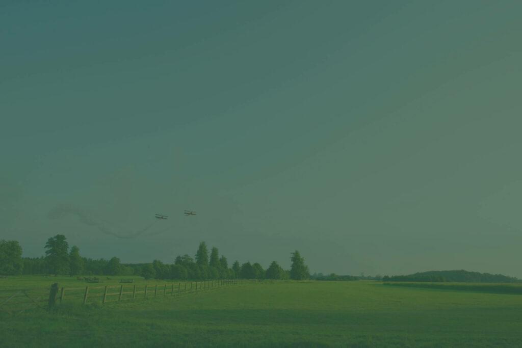 Planes flying over charlton park estate